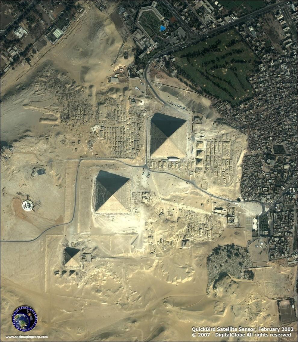 Giza, Egypt Zdroj: Satellite Sensor