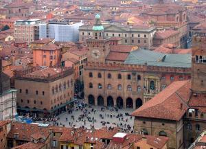 Bologna, náměstí Maggiore