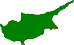 Pláž Nissi leží v jižní části Kypru