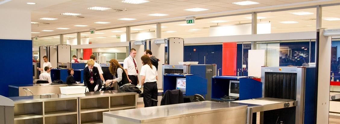 Bezpečnostní kontrola na Letišti Praha