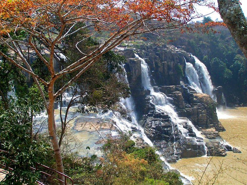 Vodopády Pongour, Vietnam