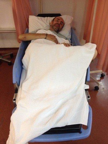 Jednodenní zdravotnická péče je na Langkawi velmi levná a nestála nás prakticky nic (2x rentgen, prohlídka lékaře s diagnostikou, balíček léku na doma, kapačky, nocleh celkem za 600 Kč!!)