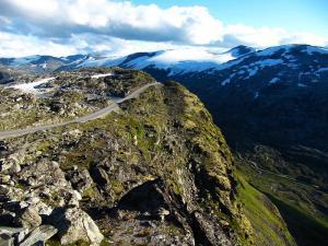 Cesta na vrchol hory Dalsnibba