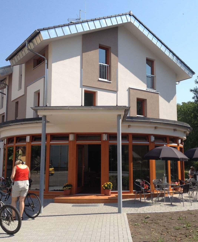Nově otevřená kavárna