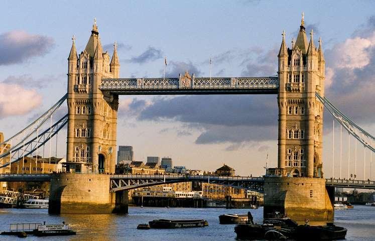 Tower Bridge musíte vidět