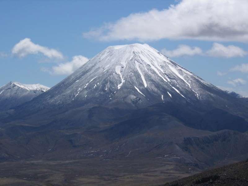 Ngauruhoe- známá jako Hora osudu (Pán Prstenů)