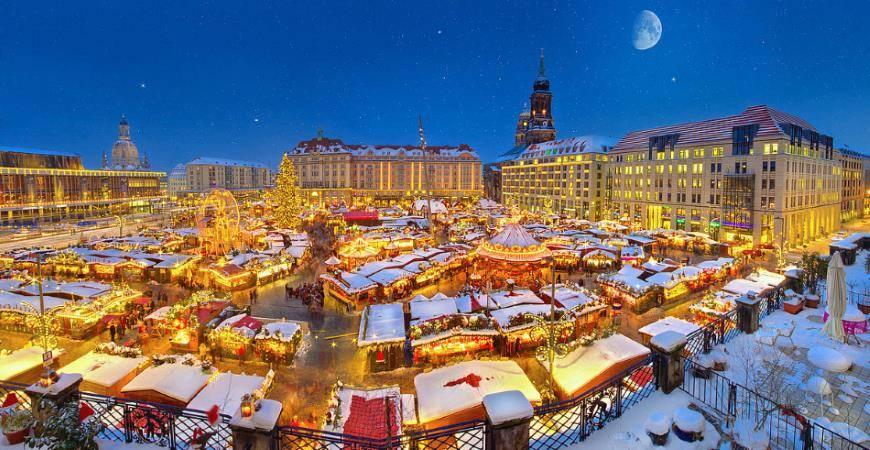 vanocni-trhy-drazdany-panorama
