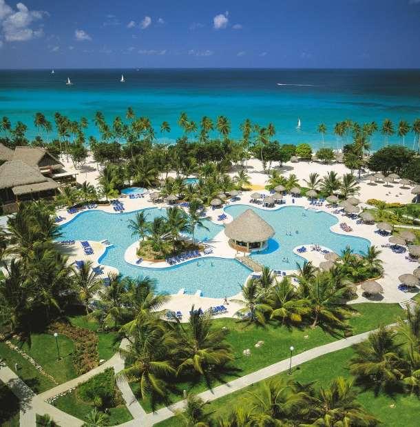 Dominikánská republika – krásný areál s palmami