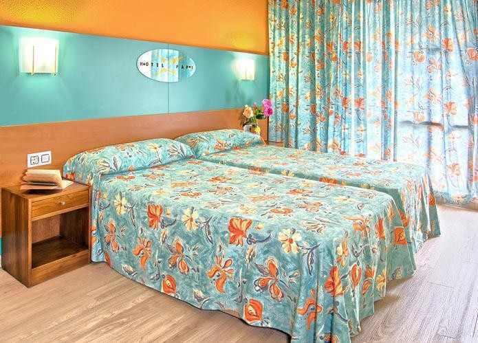 Hotel Papi, útulně zařízený pokoj