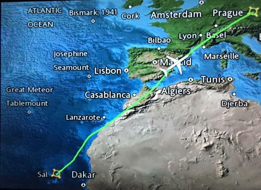Přesná trasa našeho letu z Ostrova BoaVista a mezipřistáním na Salu do Prahy