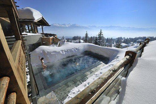 Hotel s vířivkou a výhledem na Alpy