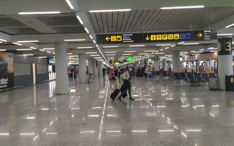 Veřejná část odletového terminálu