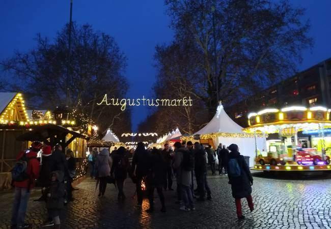 Vánoční trhy Drážďany oblast Neustadt zvané Augustusmarkt