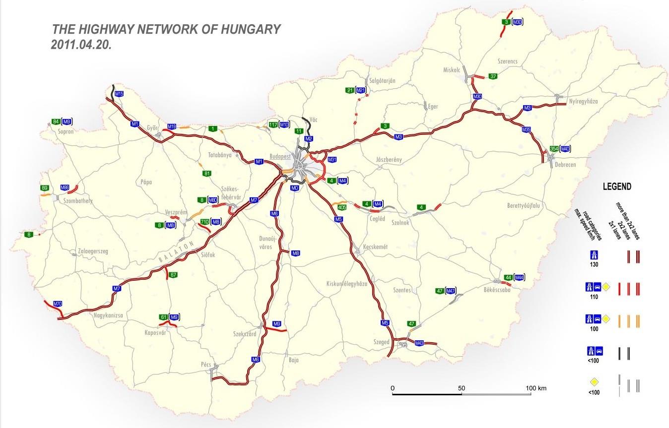 Dálniční síť s dálniční známkou zde