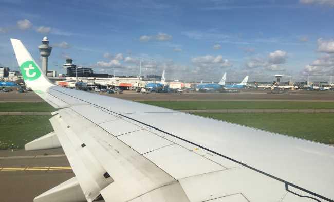 Odlet z letiště v Amsterdamu na Sardinii