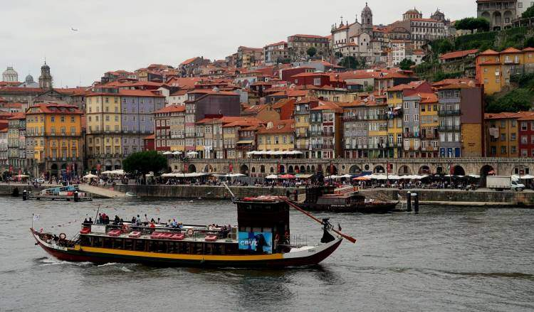 Pobřeží ve městě Porto