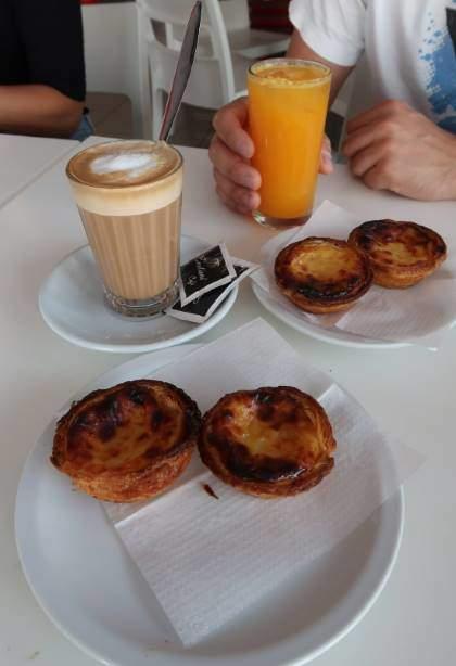 Snídaně na hotelu v Algarve