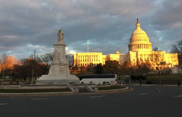 Kapitol ve Washingtonu v Americe