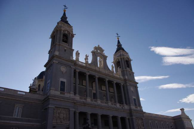 Krásná-budova-v-Madridu-Španělsko