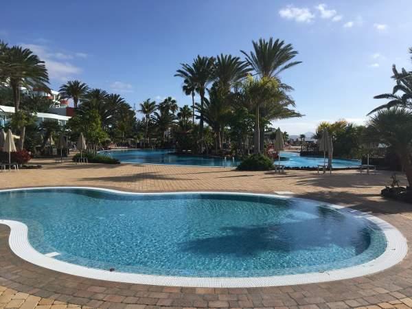 Bazén u hotelu R2 Pajara Beach recenze