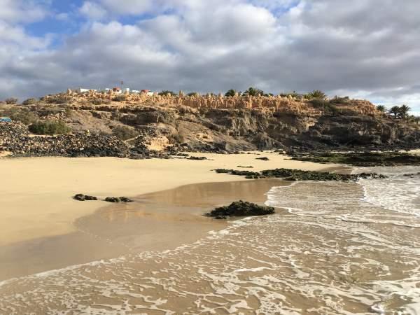 Pláž pod hotelem R2 Pajara Beach