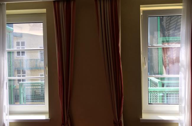 Hrozný výhled z našeho pokoje v centru Vídně