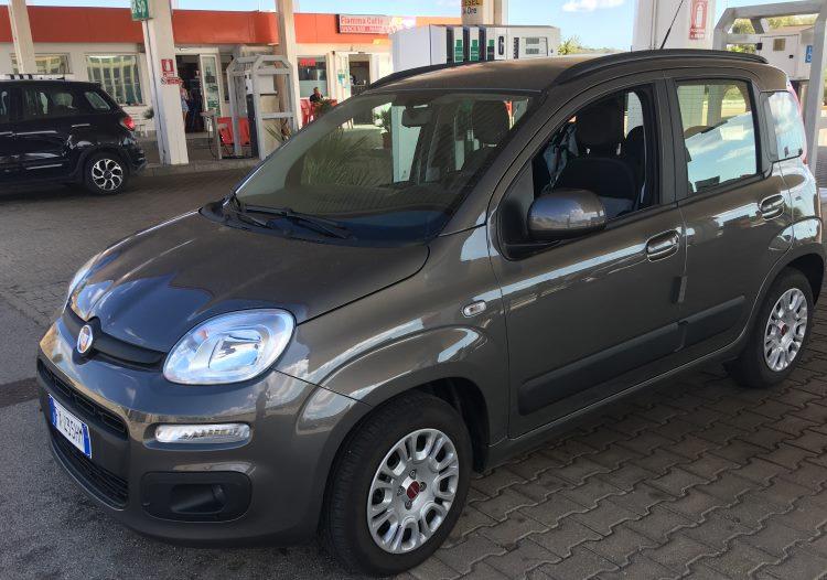 Fiat Panda je nejvíce půjčované auto na dovolené
