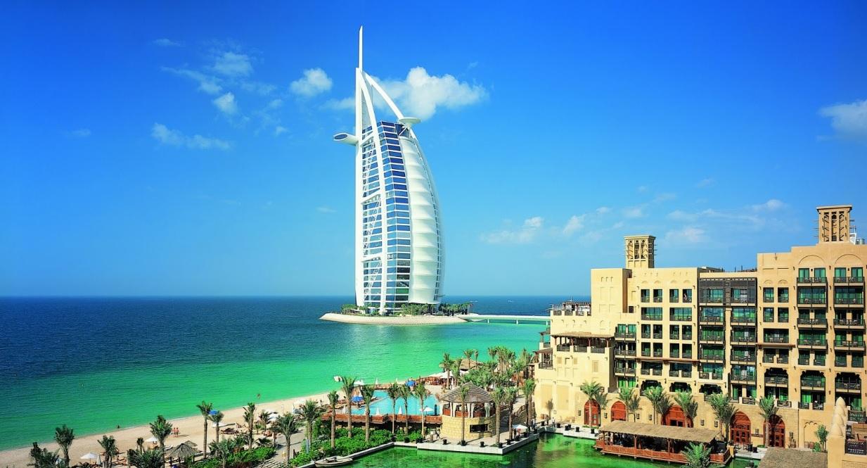 Burj al Arab byste během víkendu v Dubaji měli určitě navštívit
