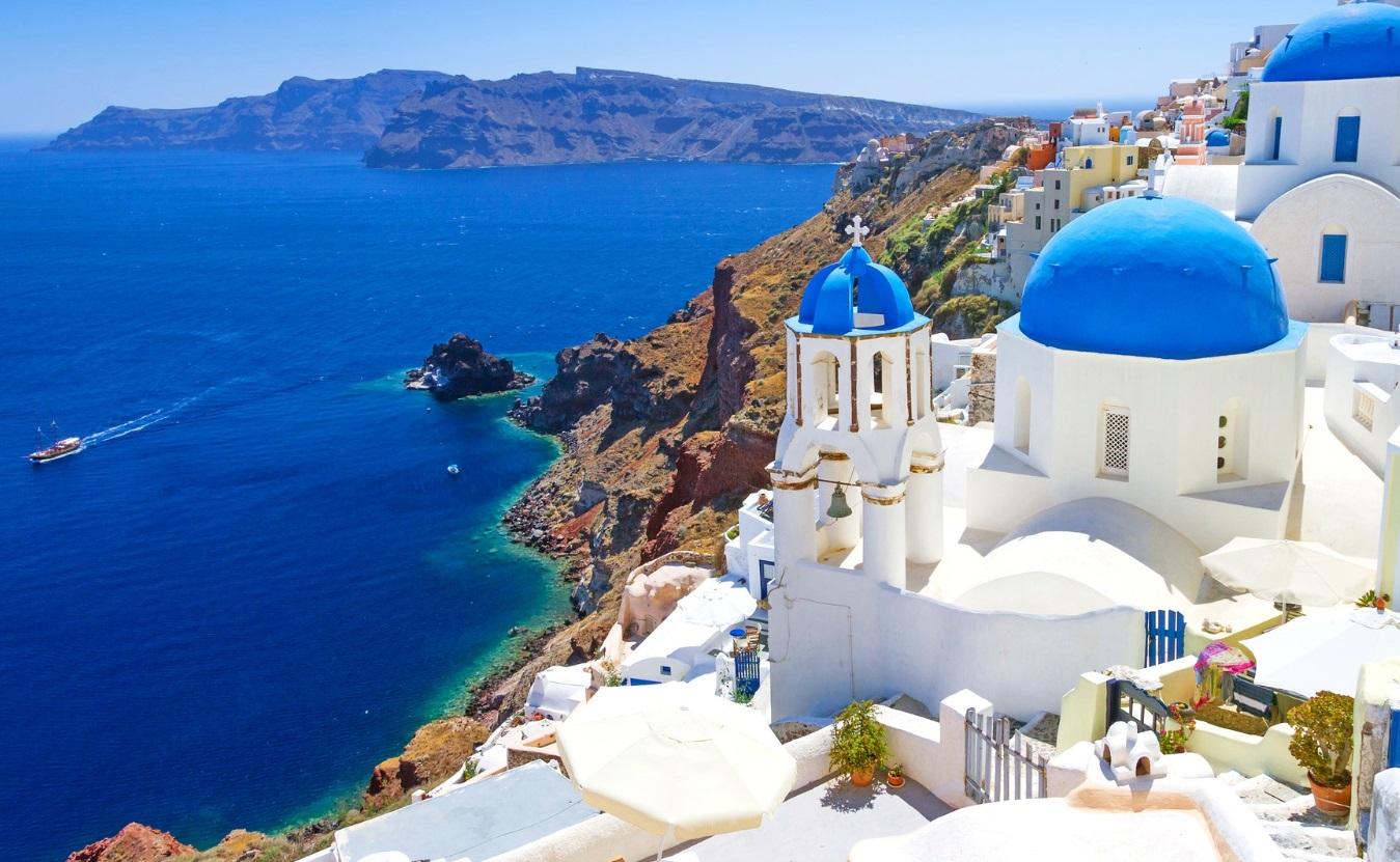 Turistika na ostrově Santorini v Řecku